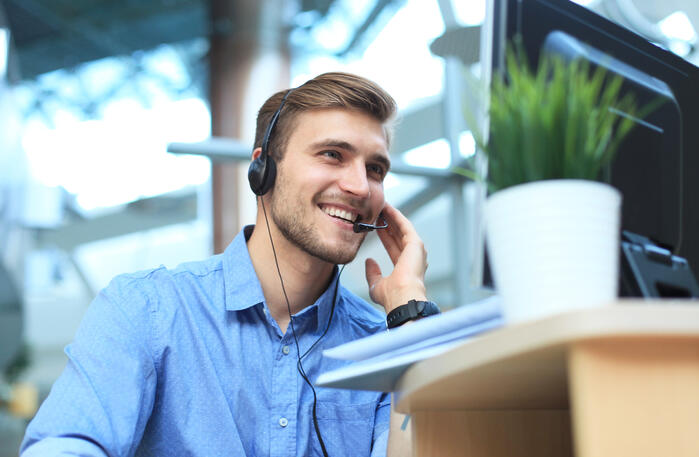 Happy Contact Center Agent Benefits of Cloud Contact Center
